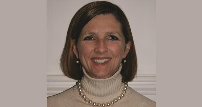 Dr Danielle Scheurer
